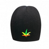 Bonnet noir feuille de cannabis